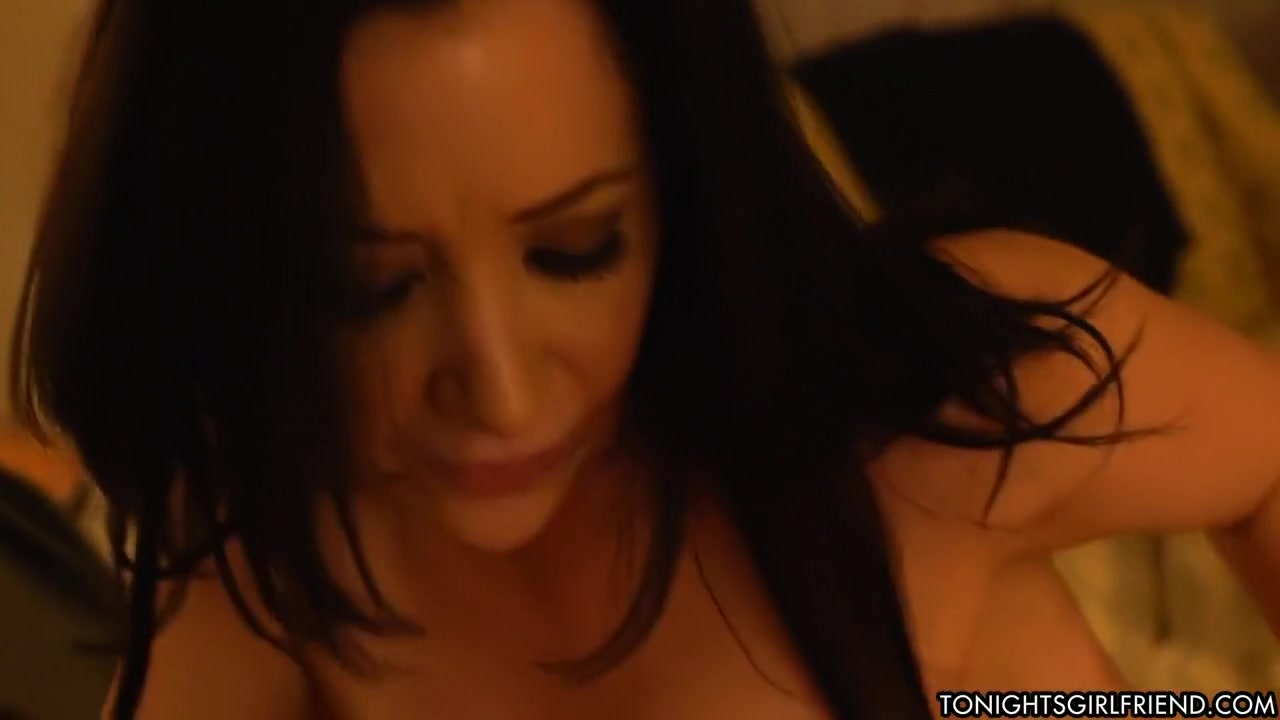 Naked xXx French mature cougar pussy fucked