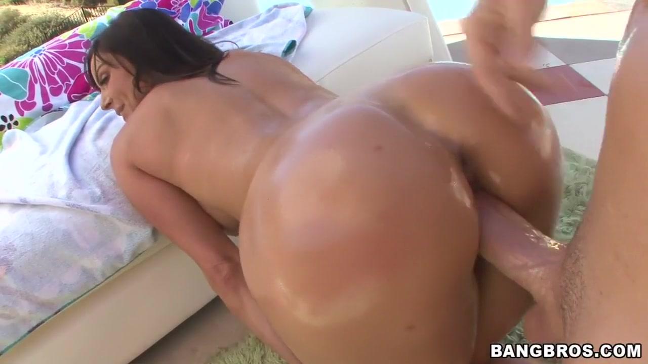 Sexy por pics Siobhan hewlett dating