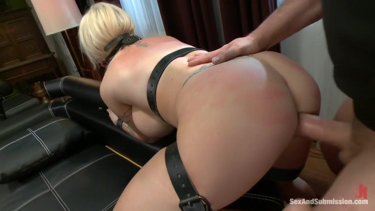 XXX Porn tube Big booty milf show