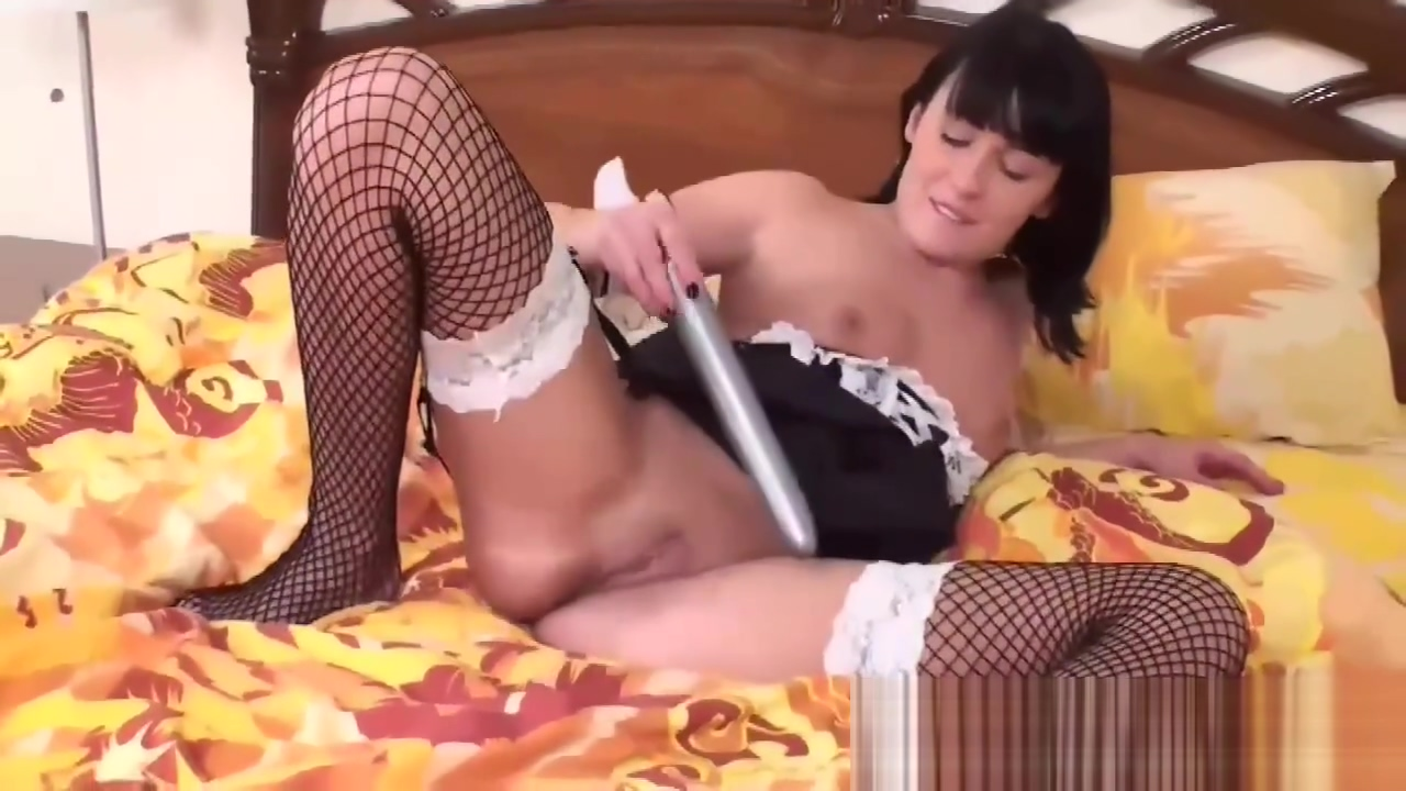 Carmen grinding her ass against your hard cock Signs a single man likes a married woman