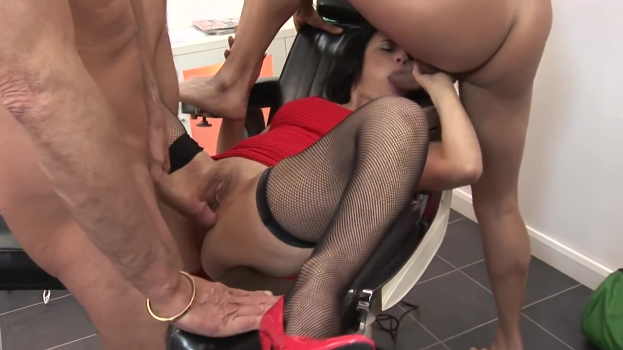 She Wants To Masturbate And Fuck - Bluebird Films