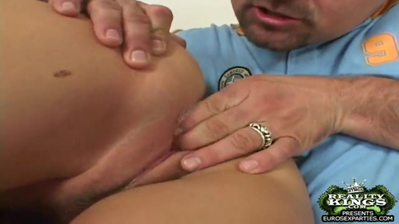 Porno photo Free office upskirt