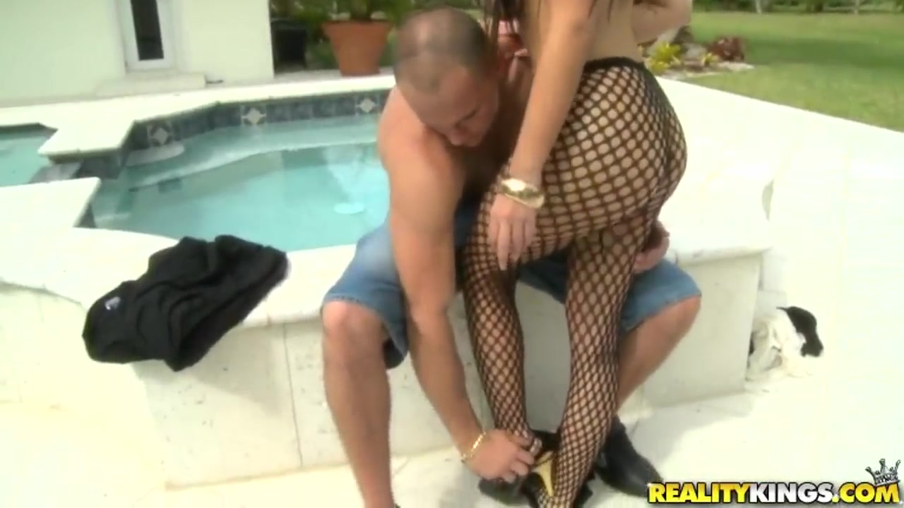 XXX Video Pregnant milf rammed with cock
