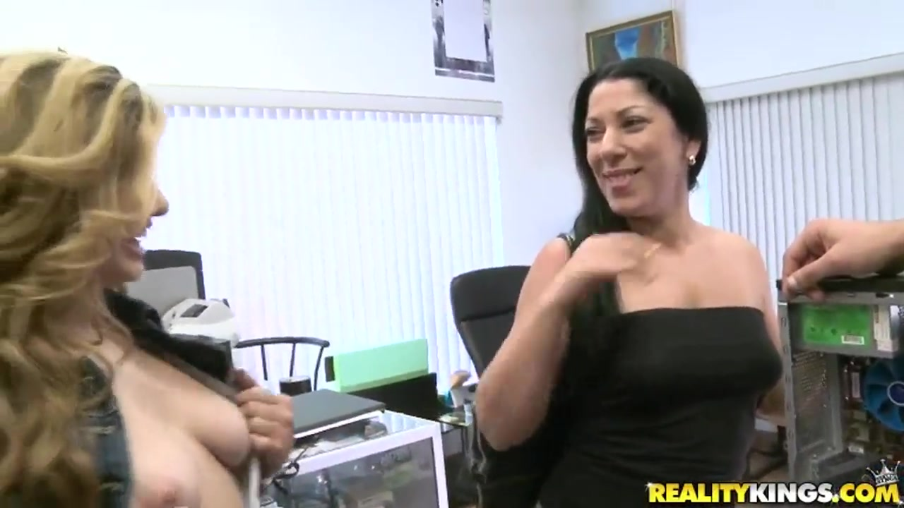 Sexy xXx Base pix Big tits in see through tops