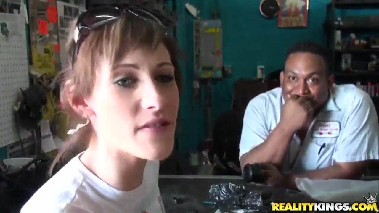 Quality porn Molly Cavalli Meilani in Lipstick Lovin Movie