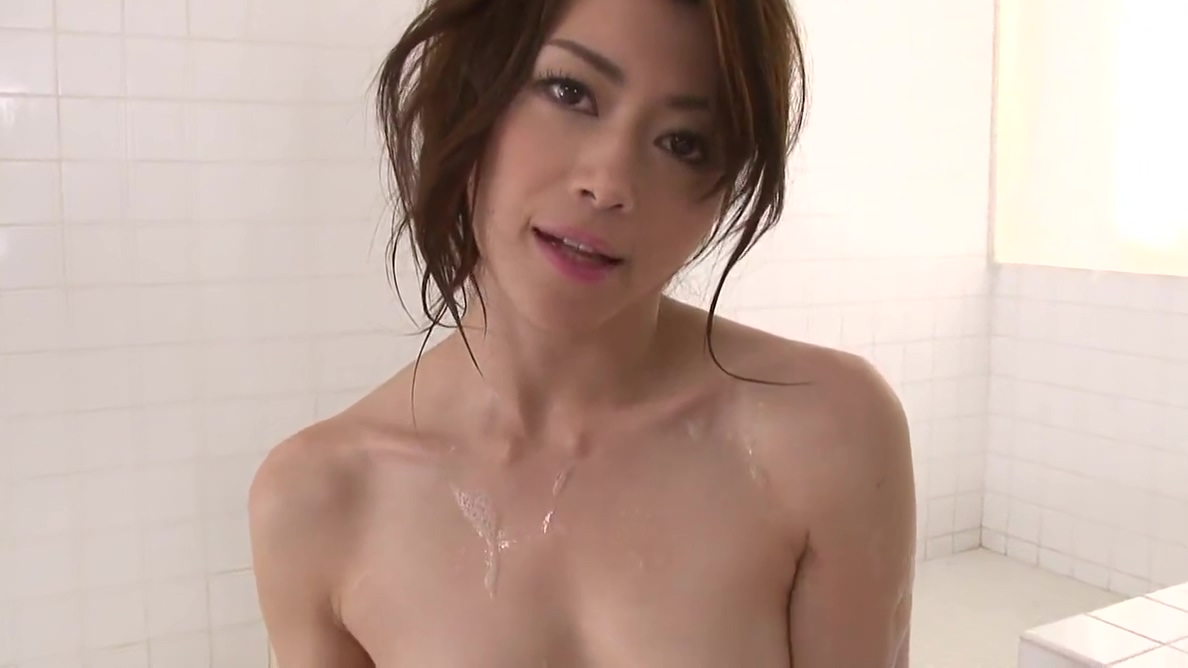 Pretty Japanese babe loves eating cum after blowjob Hot women making frist video sex