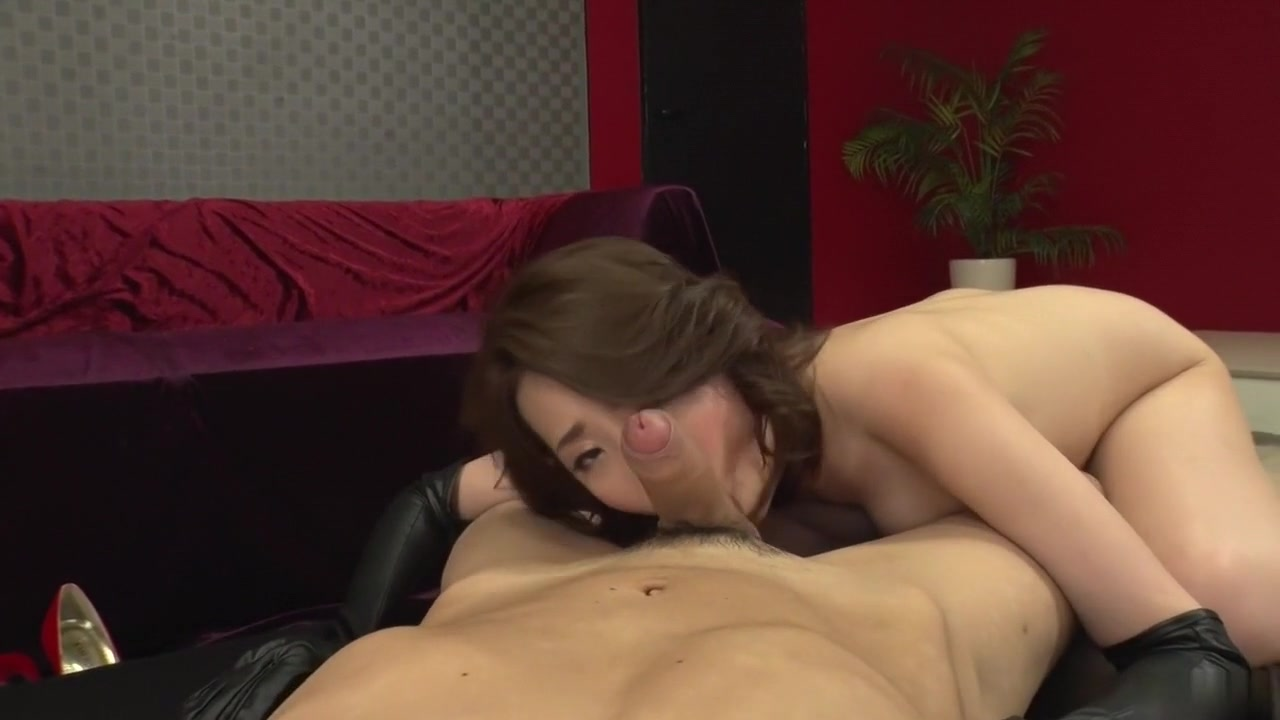 Mistress gives slave girl spanking and ass plug Adult archive