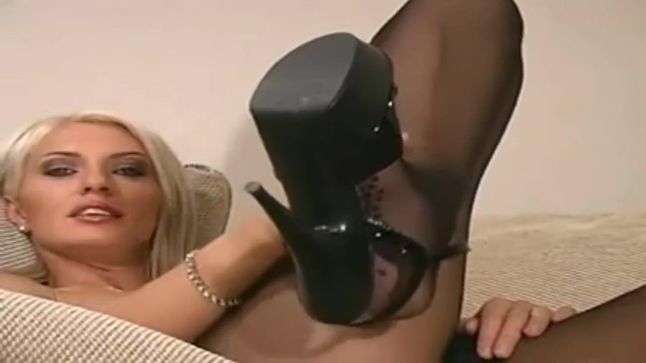 blondie pantyhose solo Porn Tubes Big Cock