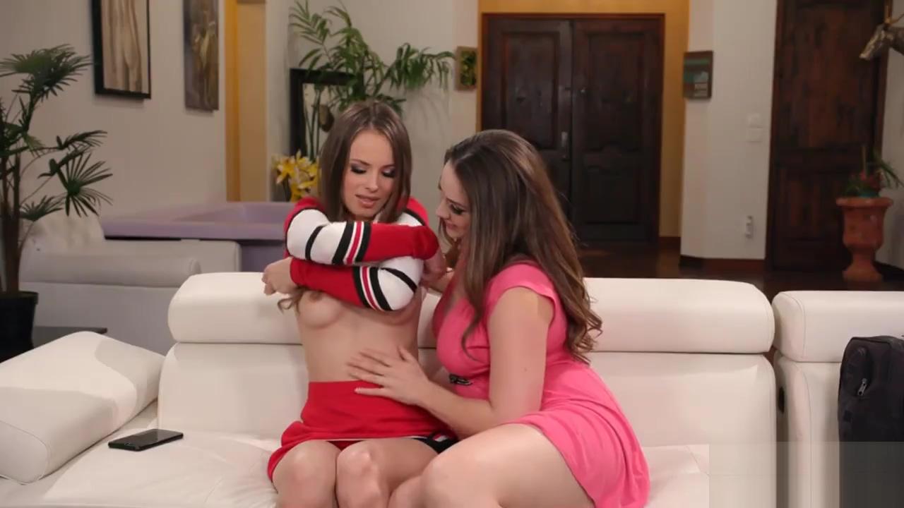 Lusty mom licks cheerleader stepdaughters pussy