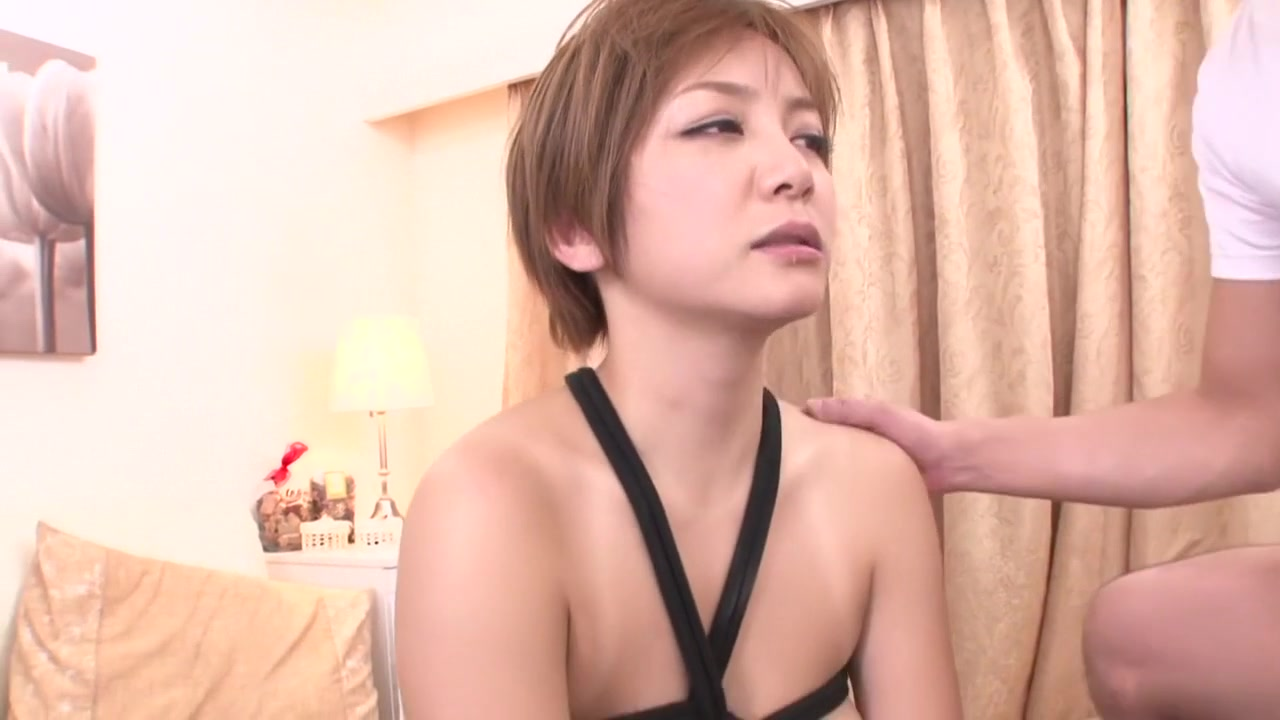 Hot Nude Casting agent pussylicked by assistant