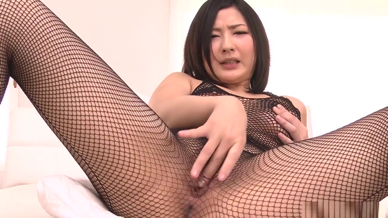 Porn tube Chinese group girls tickle legs
