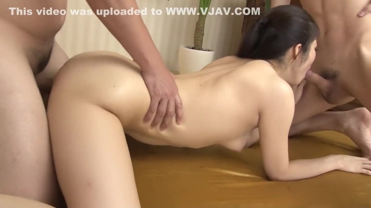 xXx Videos Anal spread
