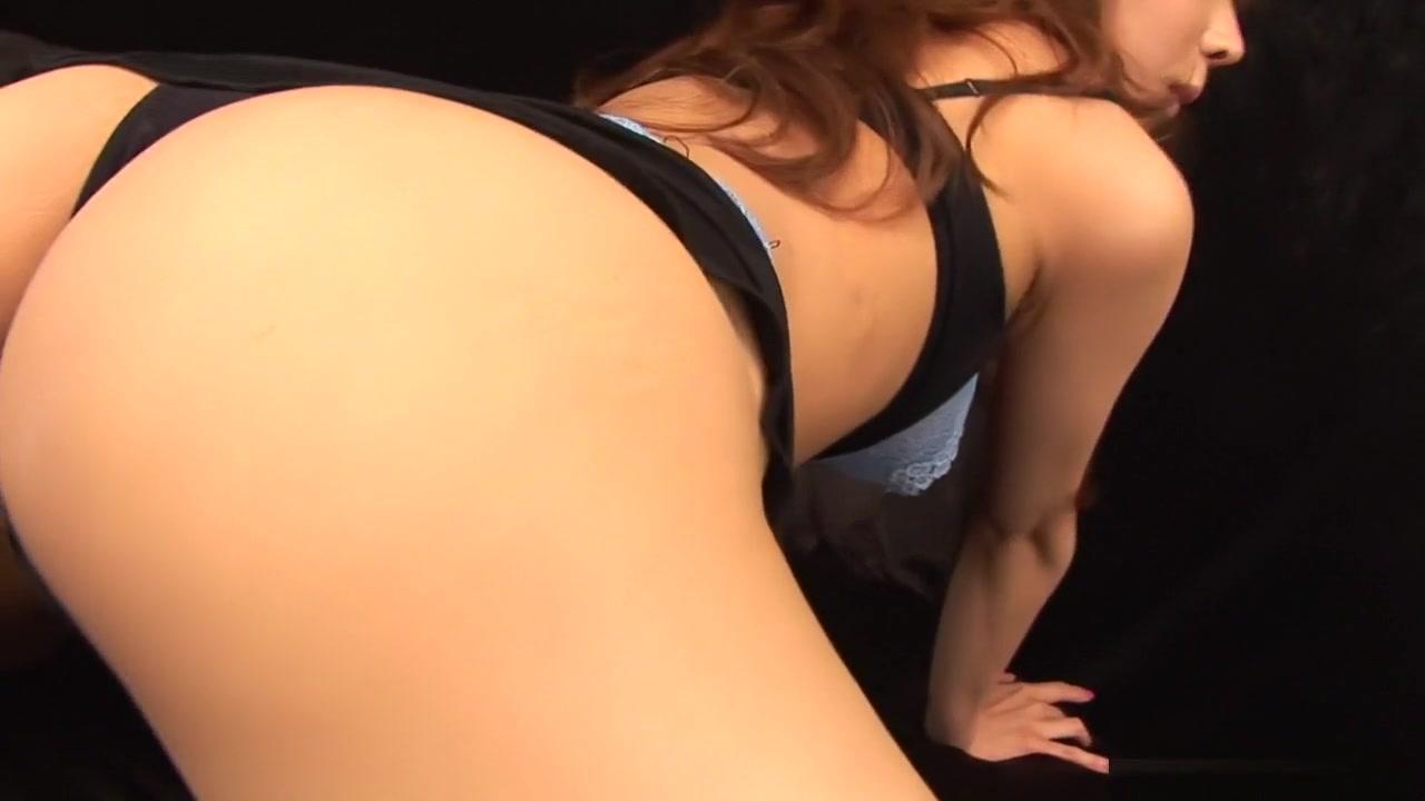 Porn Pics & Movies Bent over chinese vulva lips