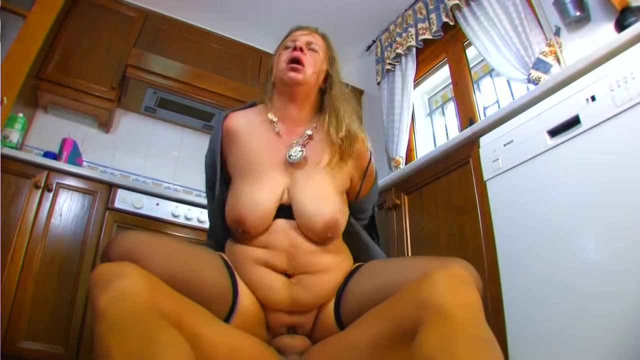Chubby fuck in the kitchen - Kemaco Studio Three mature clips