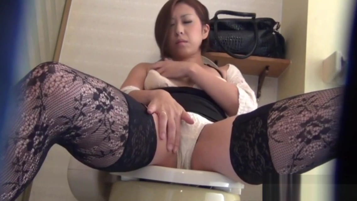 Japanese babe solo rubs black cock orgy free tubes look excite and delight black