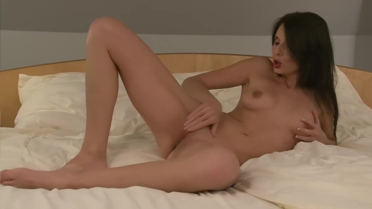 No words, just straight to rubbing her perfect pussy - Julia Reaves