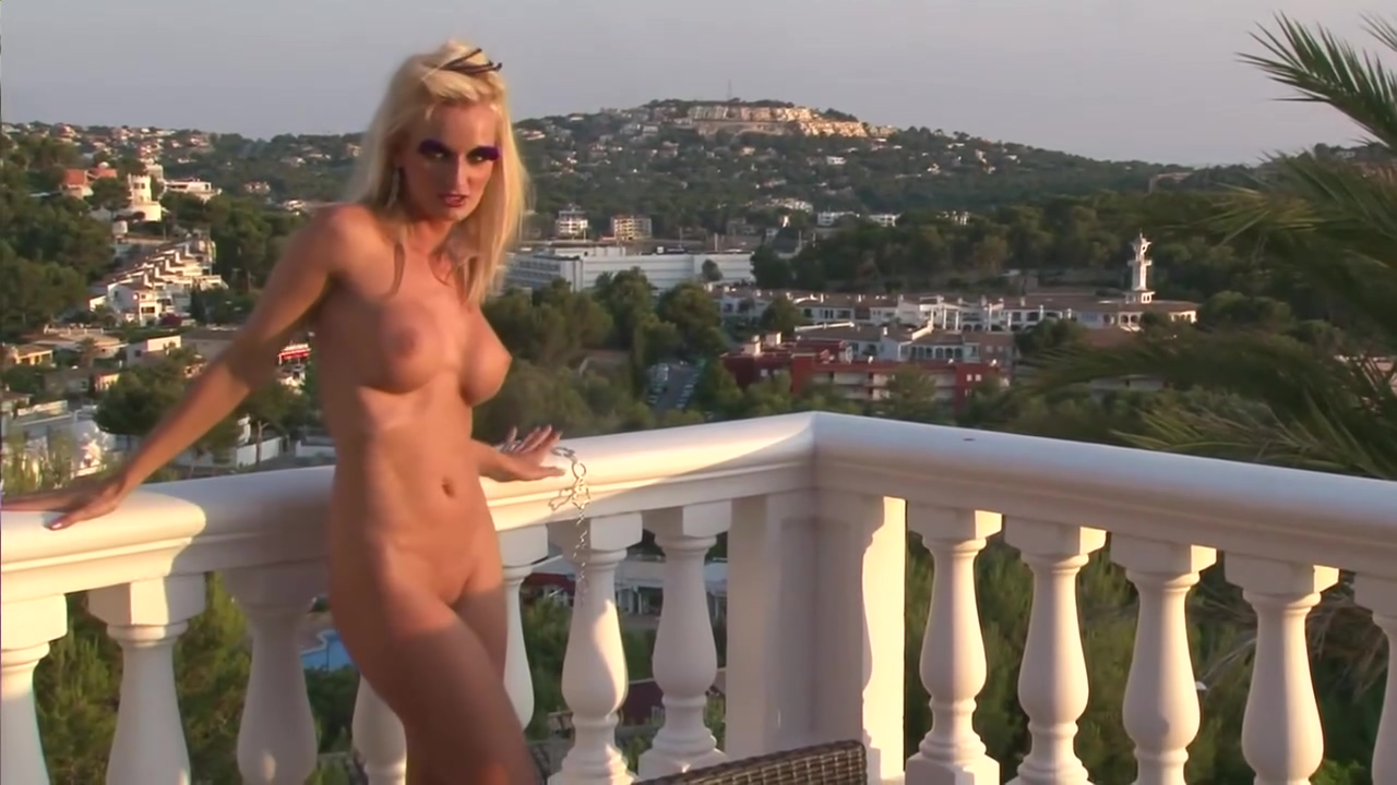Hot blonde on a balcony - Julia Reaves