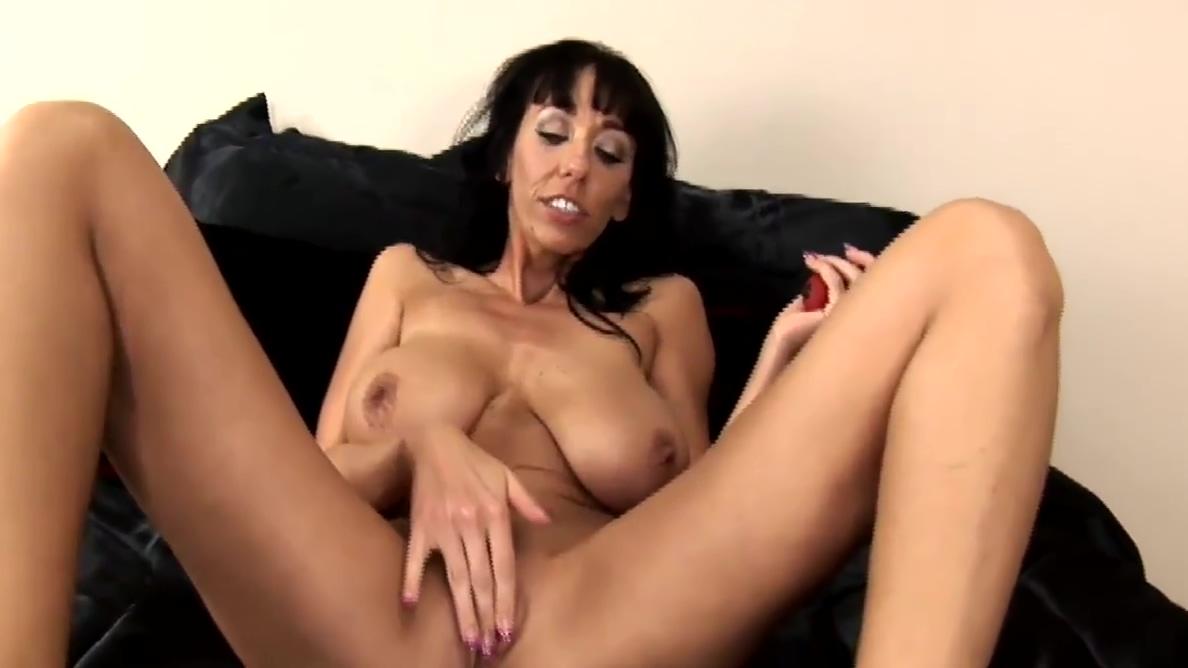 Busty Milfs Relaxation Chunky latina tits blowjob