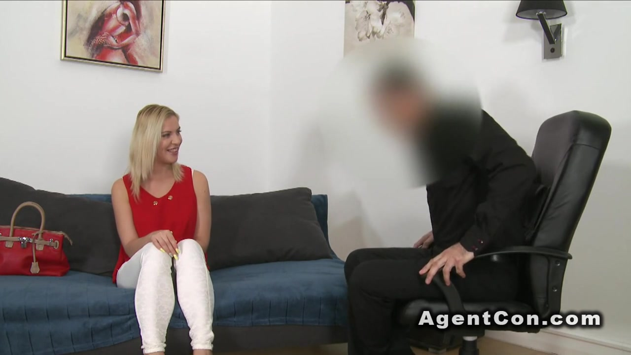 Natural busty blonde rode fake agent