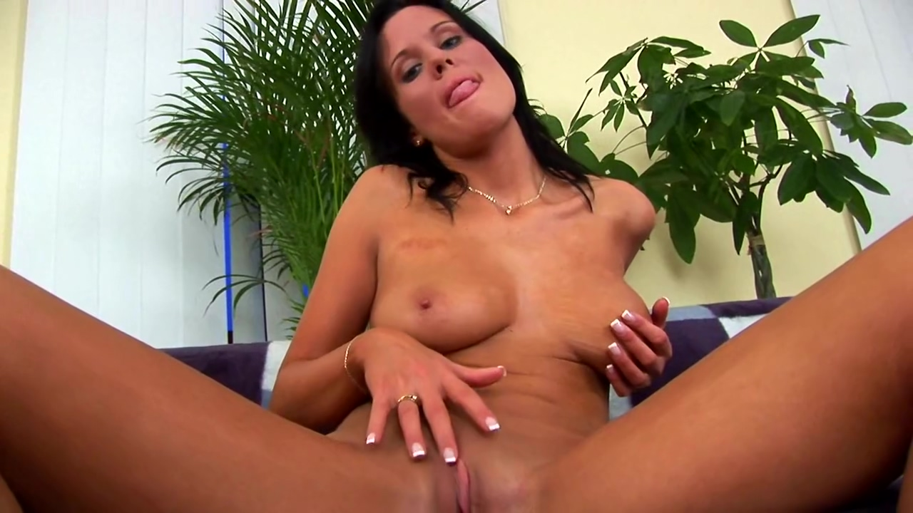 Miranda alone with a dildo - CzechSuperStars Dree Porn Video