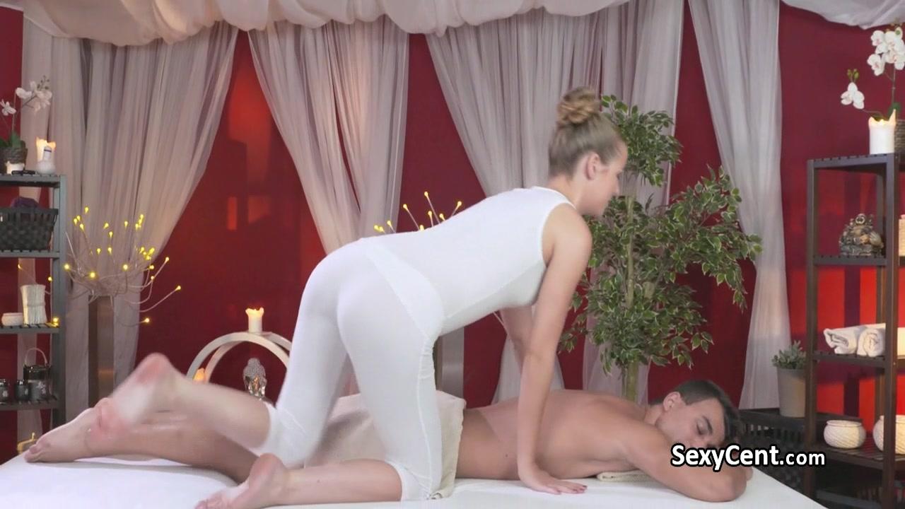 Dude got massage and cock sucking