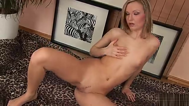 Pretty blonde Allison gets herself off Adult list porn