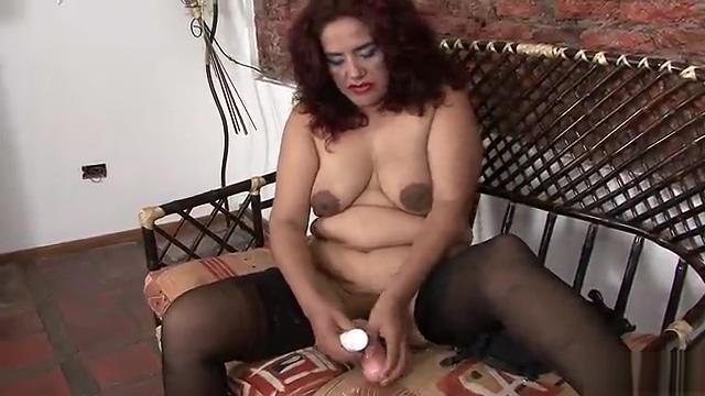 Chubby older Latina playing with herself Fucking my hot girlfriend