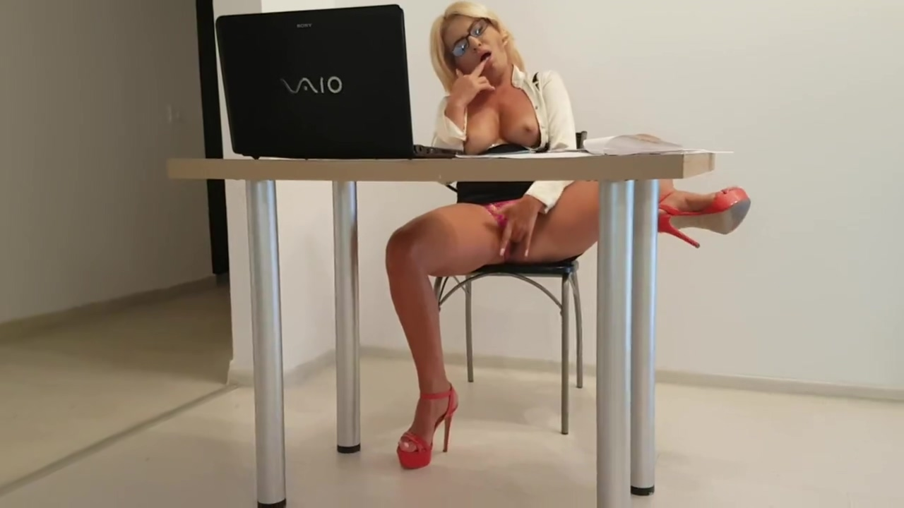 Horny secretary surprised by her staff fucking her pussy in the office prfessional girl wreslers naked