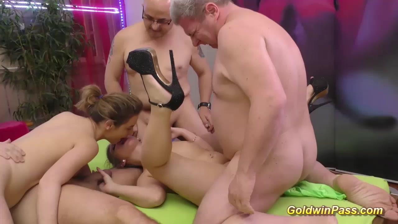 Pornos orgee vidoes Lesbi