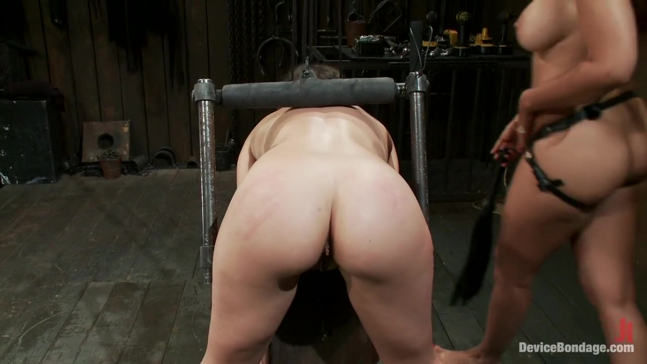 Super hot naked girls Porn FuckBook