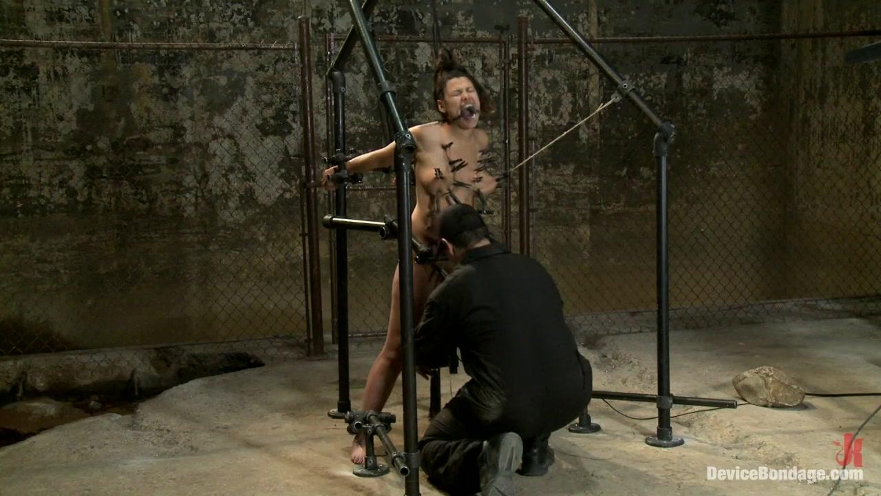Naked Gallery Bi couple cum swap
