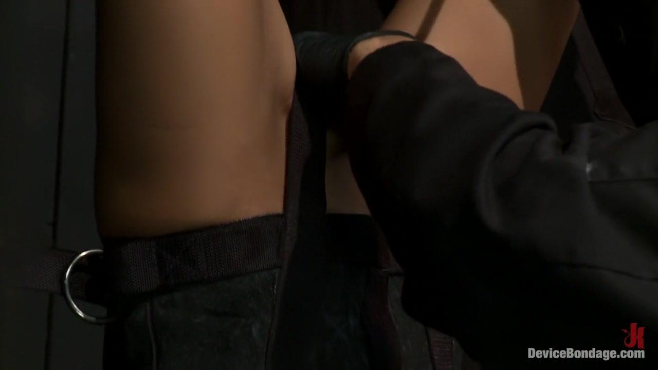 Naked xXx Interracial sex huge cocks