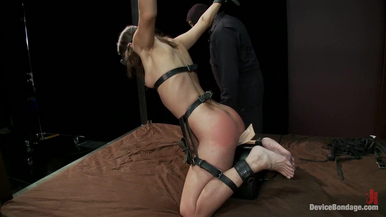 escort girl au creusot FuckBook Base