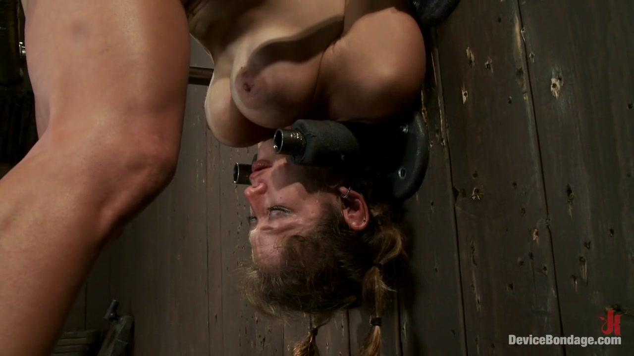Naked Porn tube Amaetuer threesome porn