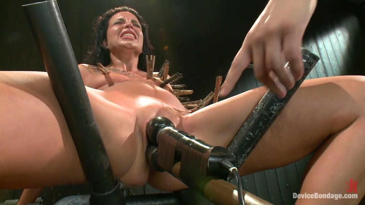 Porn galleries All itallian girl naked video