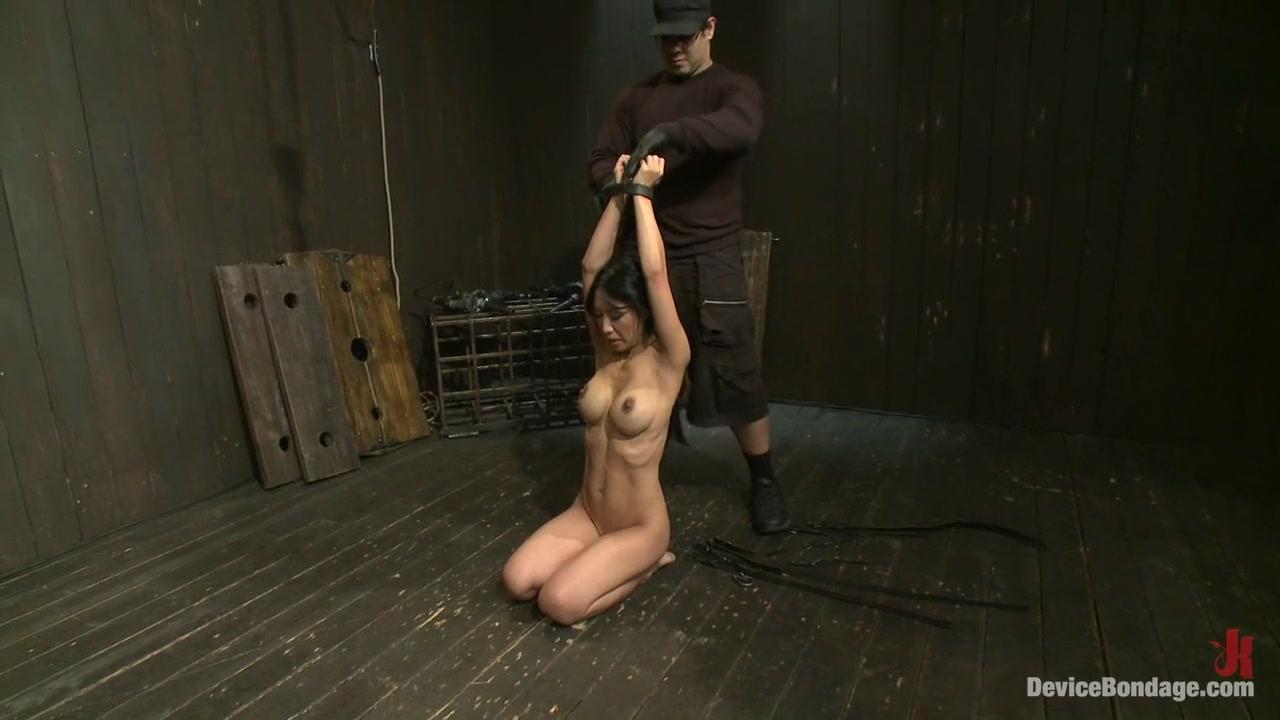 Naked xXx Ssbbw rides bbc