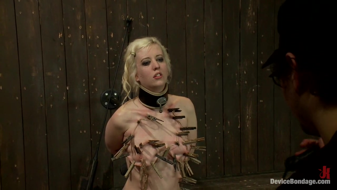 Bermello online dating Nude photos