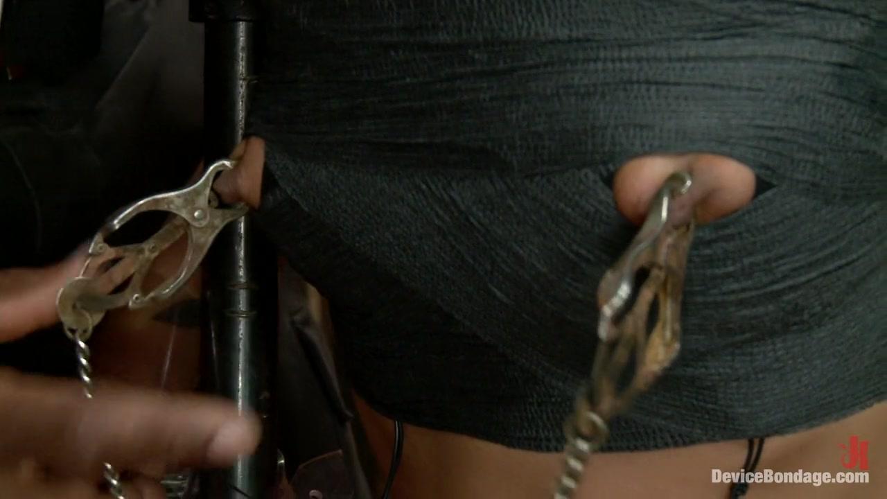 Porn clips Amia moretti deepthroat