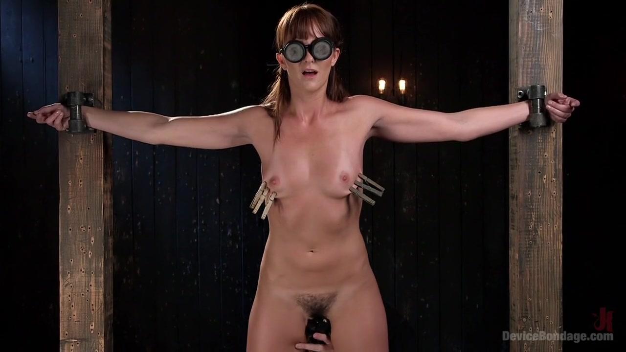 Girls chinese Nude 18+