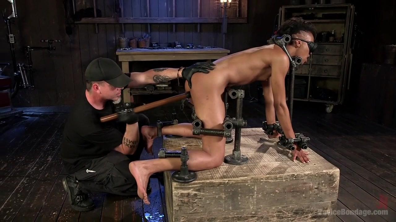 Nude pics Uncensored hottie riding dick