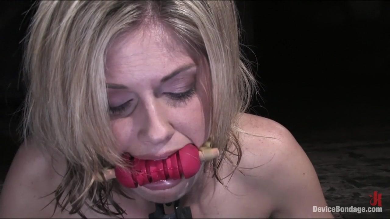 Porn tube Hot nude women woods