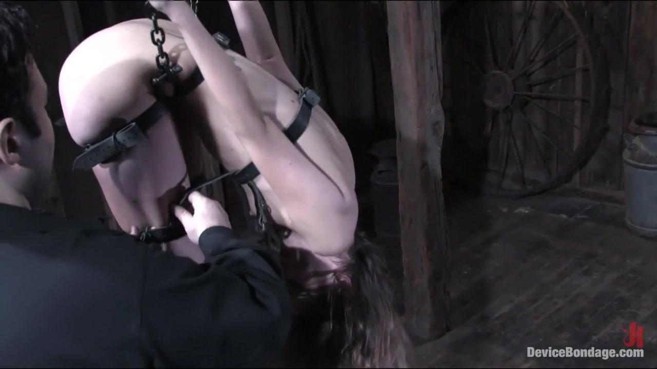 Hot Nude Cyrano dating agency pelicula sub español descargar