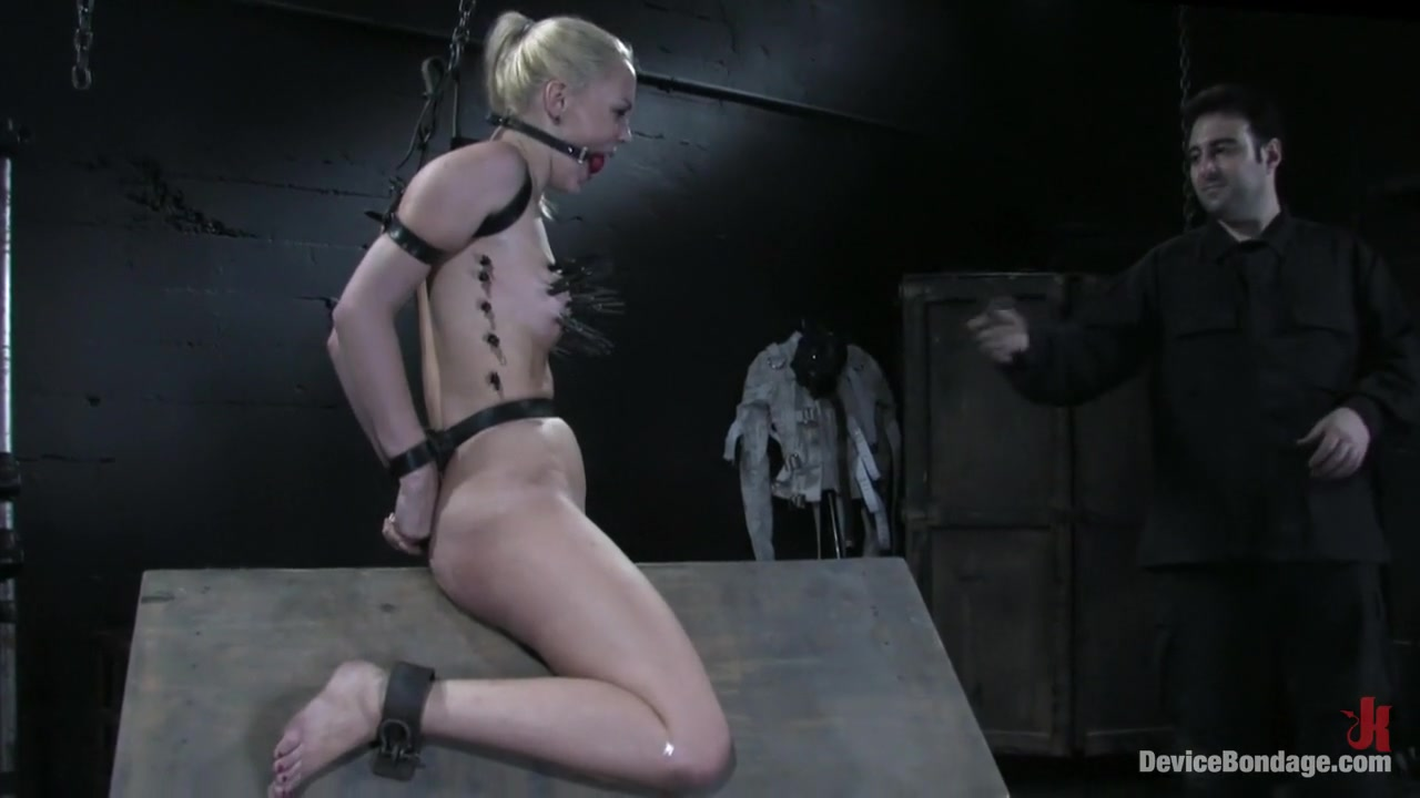 xxx pics Mature fisting and pussy stretching