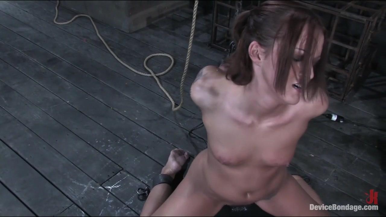Porn FuckBook Oriental girl extreme fingeringpussy