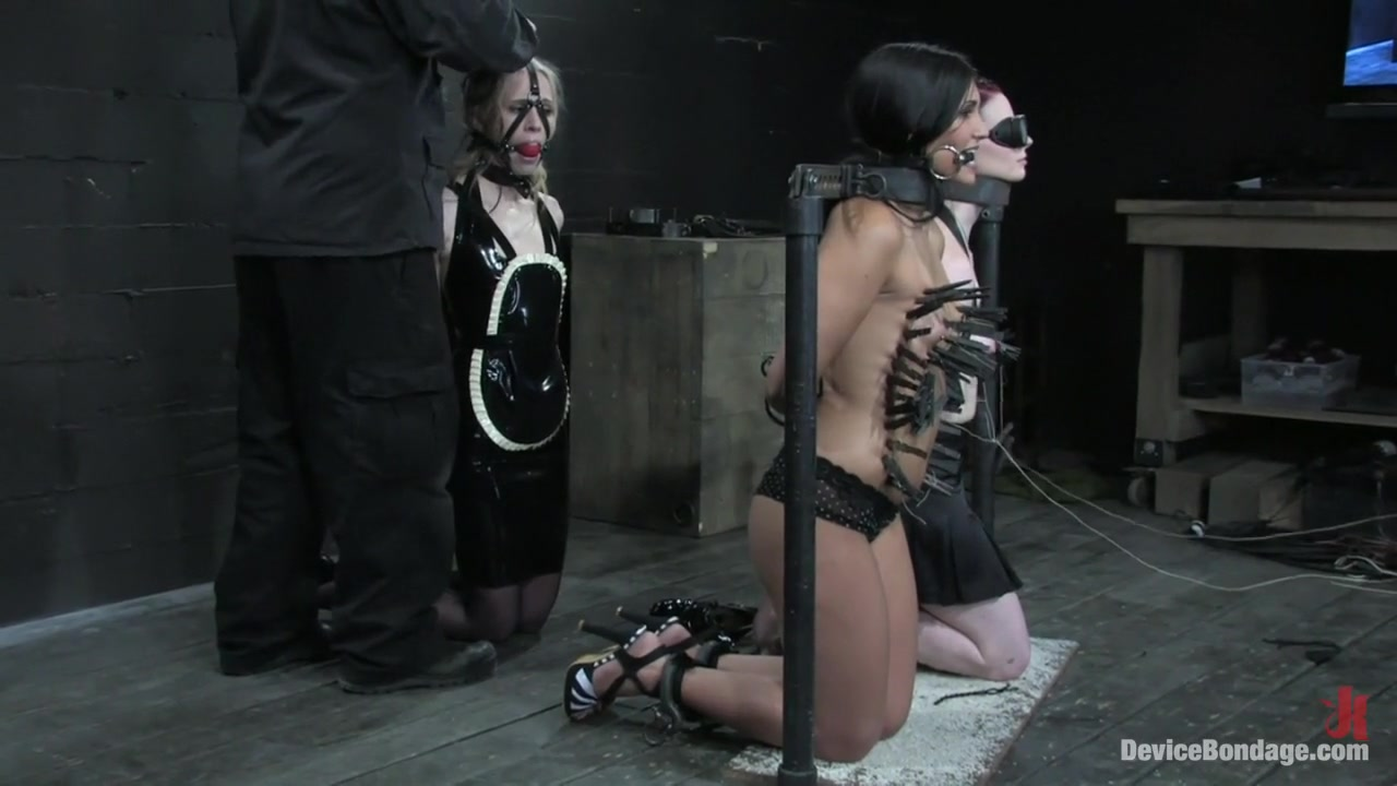 Naked 18+ Gallery Passionate ebony sex