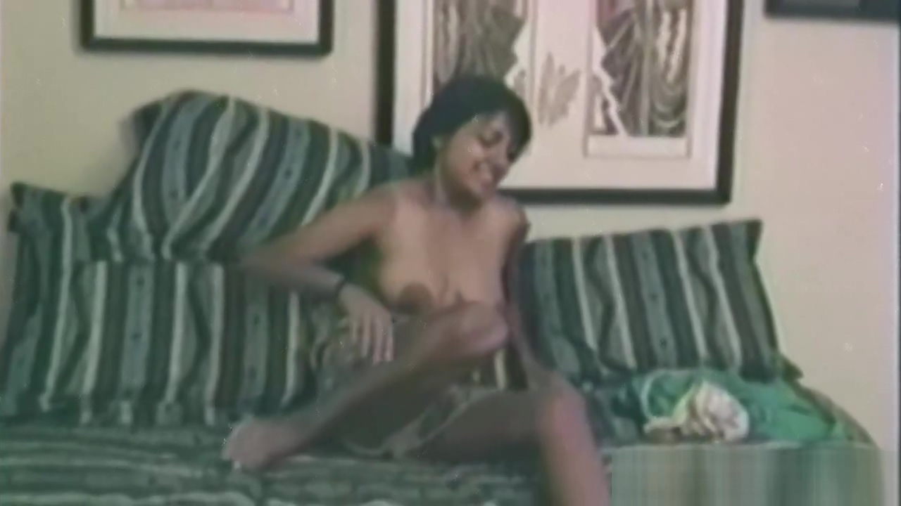 Amateur fucked doggystyle in vintage porn show me bird sex