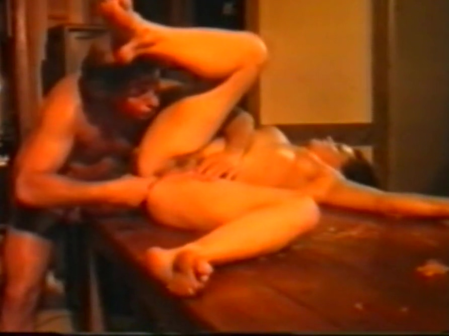 Sandra Gillovard Christoph Clark Slut waitress kelly